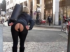 Mom and ass-fuck plug in public