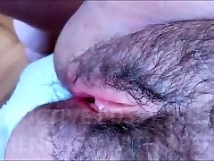 HAIRY AND SEDUCTIVE COOTER WITH FRAGILE LIPS DRENCHED WITH SPERM