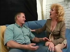 Anal loving redhead mature sexing up shaven paramour on couch