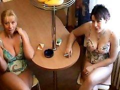 Mother & Daughter smokey FELLATIO