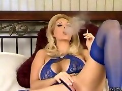 Warm Mature In Lingerie and Heels Smoking and Diddling