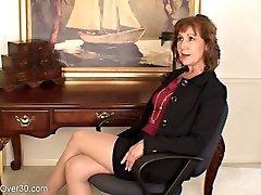 Lynn Insane Assistant