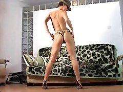 striptease single working mother