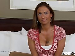 Amateur swinger MILF does first-ever pornography