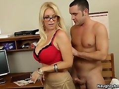 Oral sex lesson with my molten blond teacher