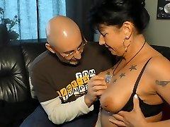 GONZO OMAS - German brunette grannie Jenny K. likes it rough