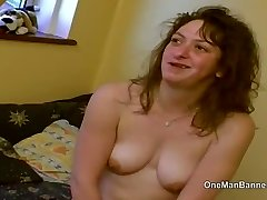 Ugly council estate cockslut willing to do anal on camera