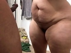 Super thick milf sucking wood