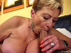 Excited granny Malya sucks hard dick with extreme passion