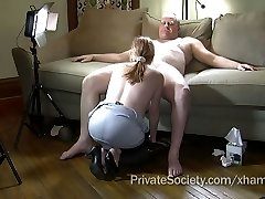 Wife Agrees To Deepthroat A Stranger's Wood