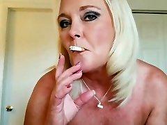 Smoking mature tear up
