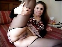 ama upskirt in stockings very short