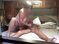 Grandma gives a fine blowjob and handjob