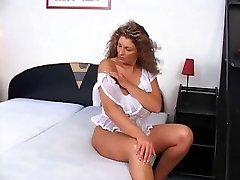 Blonde mature BBW slut showing off her hot bod