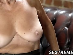 Old seductress eaten out before big wood insertion