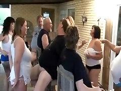 A Blowjob Party (Swingers)