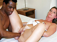 sumptuous moms first interracial fisting lesson
