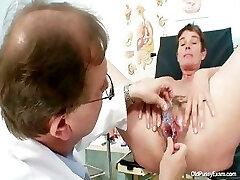 Milf hairy pussy gyno examination in polyclinic