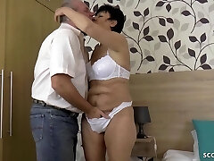 GERMAN GRANNY AND GRANDPA IN FIRST TIME PORN Vid