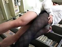 Những cô nàng công sở dâm đãng