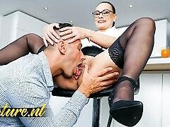 Hot Secretary Eva May Is Ready To Bust & Gets Creampied