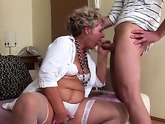 Mature chick wants a young salami