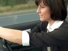 ultra-kinky mommy stopped car to masturbate
