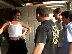 Vanessa Videl  Trailer Litter Moms