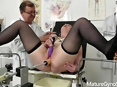 Voyeur doctor secretly films chubby mommy on her gyno check-up