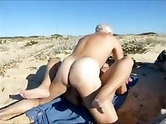 wife,super-fucking-hot sex at the beach