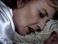 GIGOLA - grandma lesbo