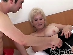 SUPER-NAUGHTY MATURE VUBADO COUPLE SEX !!