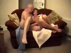 Inexperienced Wife Grannies Couple Fucking - LostFucker