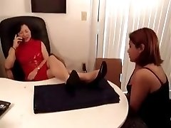 Korean Manager get Feet-Worship