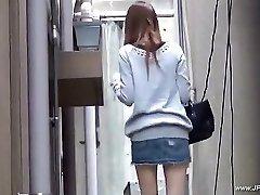 Oriental dolls visit toilet.18