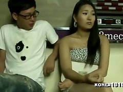 KOREA1818.COM - Luxurious Pool Hall Chick