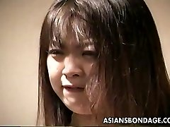 Loud culo Asian slut getting slapped and is trussed up