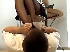 Sexuálne nohy páchnuce