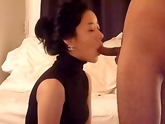 Astonishing babe is attempting to intensify pleasure