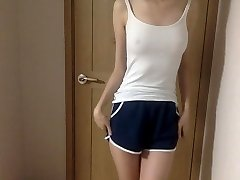 Very lil and cute korean girl