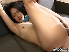 Asian whore loves to ride the dude's sizzling cock