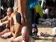 Pattaya beach candid cam - Platinum Sand Hotel 2011