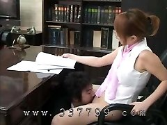 A man licks the cooter of a female manager and cleanses