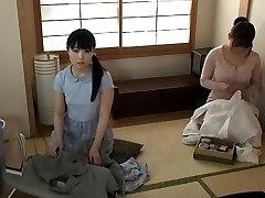 Ιαπωνικά έφηβος στη σχολική στολή