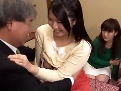 Japanese couples exchanging