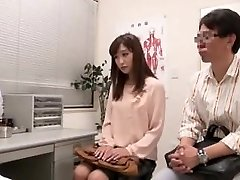 Asian couple going to fertility clinic