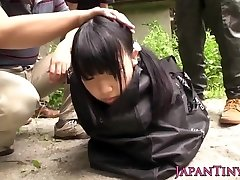 Weird japanese gang play with squirting teen