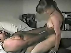 White Super-bitch Satisfies Fat Black
