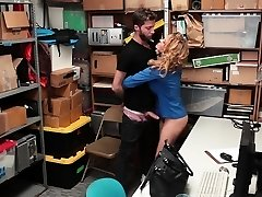 Shoplyfter - Warm MILF Dominates Young Thief For Stealing