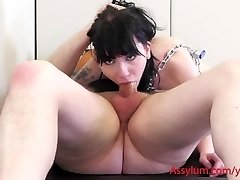 Goth slave put in chains to idolize wood and ass